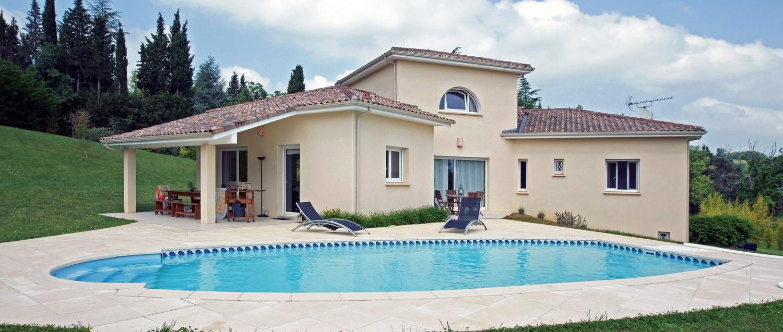 accueil - maison moderne et piscine