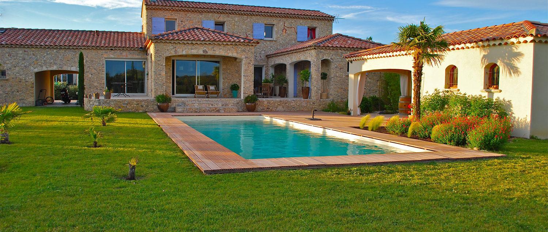 accueil - Maison traditionnelle avec piscine